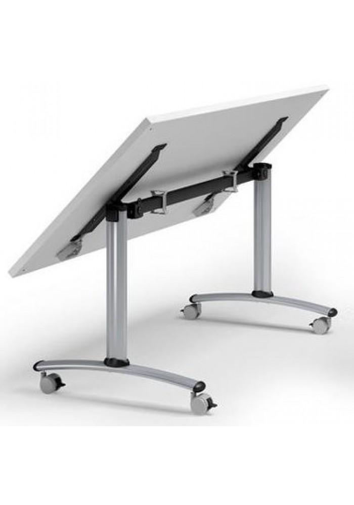 Verrijdbare en inklapbare tafel